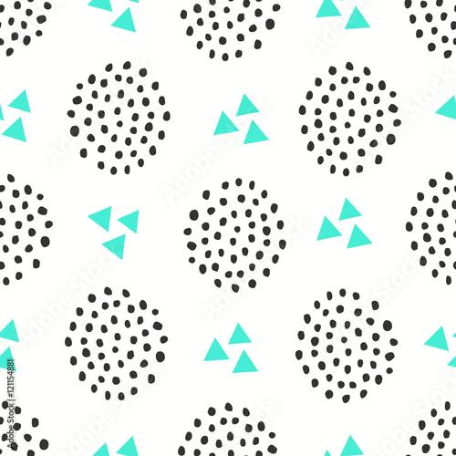 Materiał do szycia Wzór z kształtów geometrycznych w zielone i czarne na białym tle.