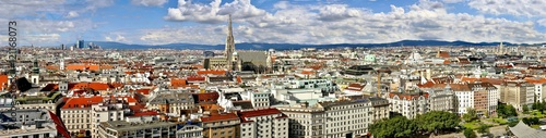Ingelijste posters Wenen Aerial view of city center of Vienna, Wien Panorama from above