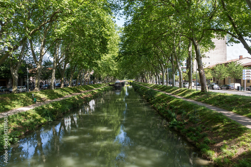 Fotografie, Obraz  The Canal du Midi in Toulouse, France.