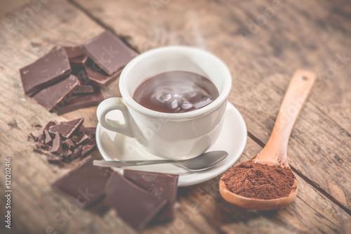 Foto op Plexiglas Chocolade hot chocolate cup - tilt shift selective focus effect