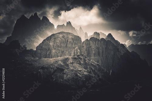 dolomites-peaks-scenery