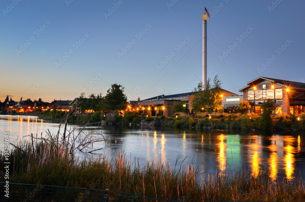 Fototapety, obrazy: Renovated Old Industrial Buildings in Bend, Oregon, at Twilight