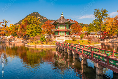 Foto op Canvas Seoel Autumn of Gyeongbokgung Palace in Seoul ,Korea