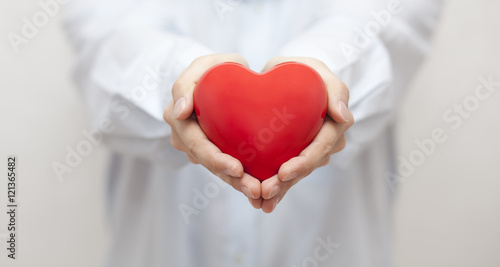 Plakat Koncepcja ubezpieczenia zdrowotnego lub miłości