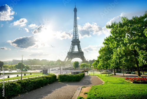 Eiffel tower and park