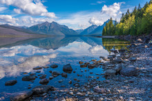 McDonald Lake, Glacier Nationa...