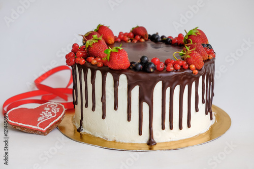 Cool Birthday Cake Decorated By Chocolate And Berry Strawberry On Top Funny Birthday Cards Online Overcheapnameinfo