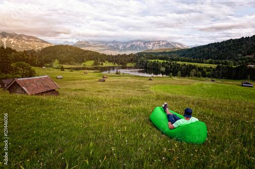 Valokuva  Chillen im Air Bed