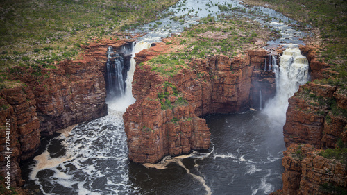 Fotoposter Diepbruine Aerial image of the very remote King George River, Northern Kimberley