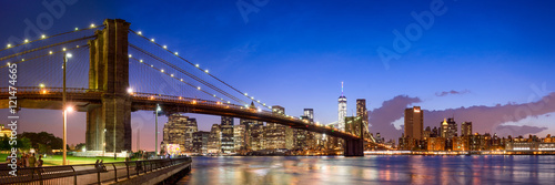 New York Brooklyn Bridge Panorama mit Manhattan skyline