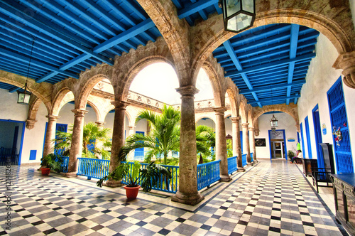 Poster de jardin Havana Colonial building interior in Old Havana , Cuba