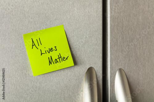 Valokuva  All lives matter