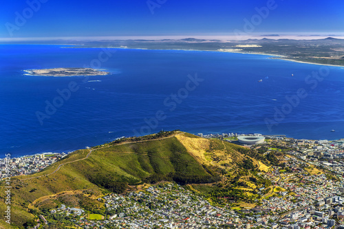 Poster Afrique du Sud Republic of South Africa. Cape Town (Kaapstad). Panoramic ocean view of the city, Signal Hill and Robben Island
