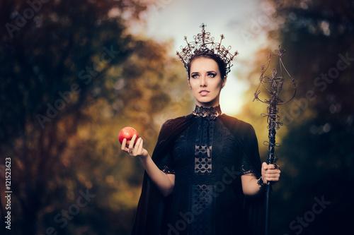 Fotografie, Obraz  Evil Queen with Poisoned  Apple in Fantasy Portrait