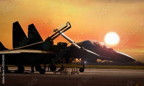 Canvastavla  Fighter jet on standby ready to take off