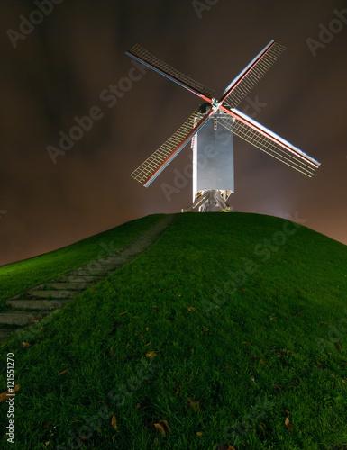 Obraz na plátne Cornmill in Bruges by night in Bruges, Belgium