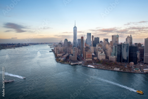 Cuadros en Lienzo Manhattan, Hudson River and Financial disctrict from a helicopter