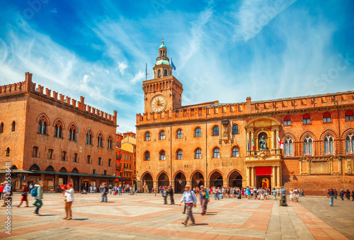 Fotomural Italy Piazza Maggiore in Bologna old town