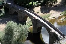 Le Vieux Pont De Pierre à Bel...
