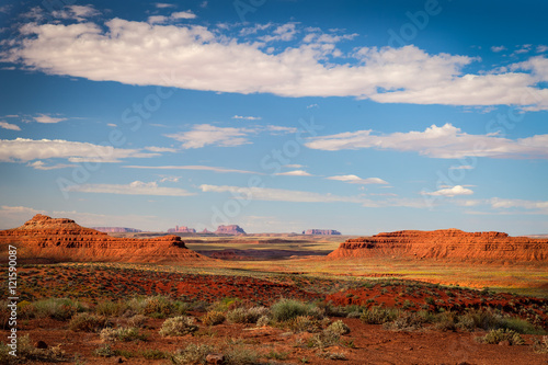 Papiers peints Corail Valley of the Gods- near Mexican Hat- Utah. In center is a distant view of Monument Valley from Valley of the Gods.