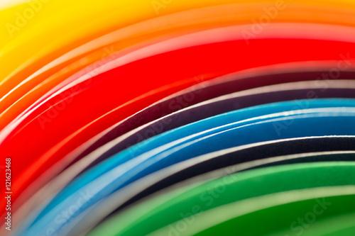 Kolorowa tęcza z kartek papieru