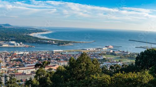 Photo Aerial view on the center of Viana do Castelo
