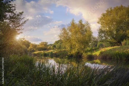 Photo River Avon at dusk, Welford on Avon, Stratford upon Avon, Warwickshire, England