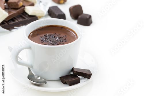 Foto op Plexiglas Chocolade hot chocolate on a white background, closeup, isolated