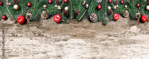 Decoration De Noel En Bordure D Une Planche En Bois Buy This Stock
