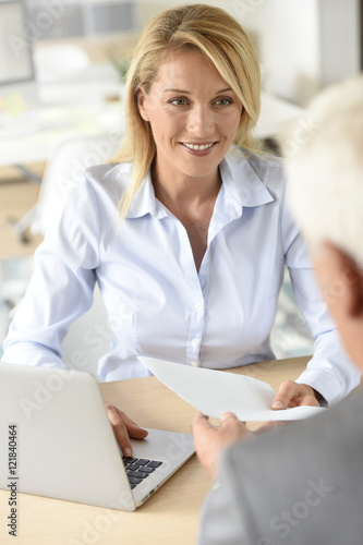 Fototapety, obrazy: Human resources manager receiving candidate for job