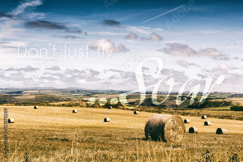 Spoed Foto op Canvas Inspirerende boodschap Inspirational quote on a retro style background