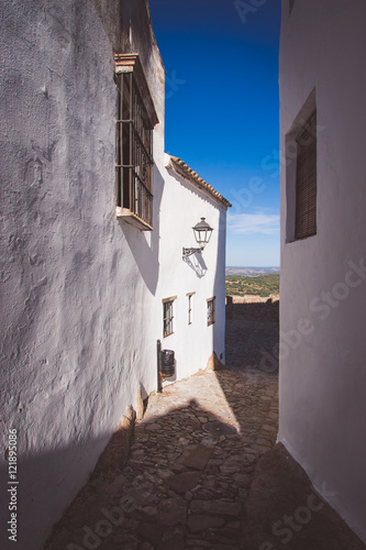 Fototapety, obrazy: Old cobbled streets with white houses