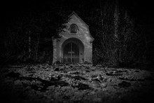 Geisterstunde Auf Dem Friedhof