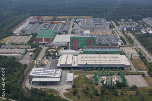 Staande foto Industrial geb. Aerial view of an Industrial Park area