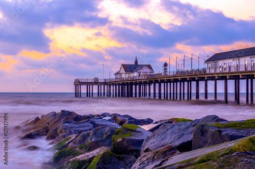 Fototapeten Sunrise at Southwold Pier, UK