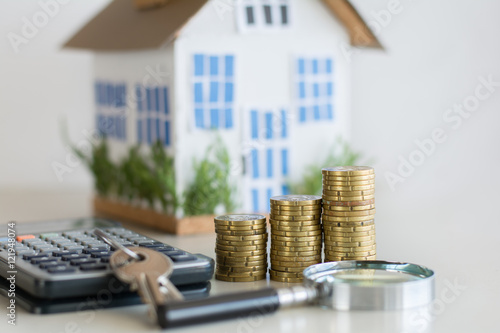 Fotografía  Mortgage loading real estate property with loan money bank concept