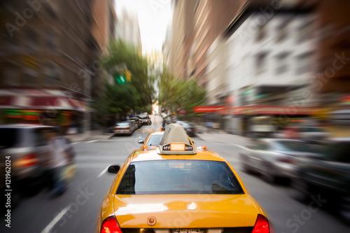 Cuadros en Lienzo Fast Cab