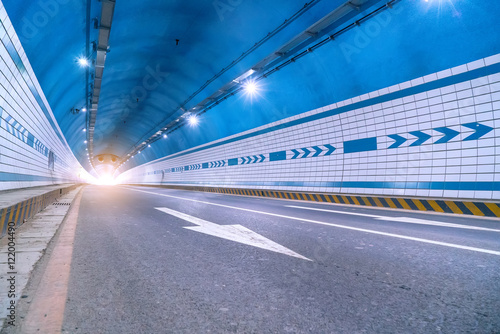 Foto op Plexiglas F1 Abstract speed motion in urban highway road tunnel, blurred moti