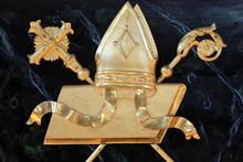 Symboles De L'évêque : Mitre...