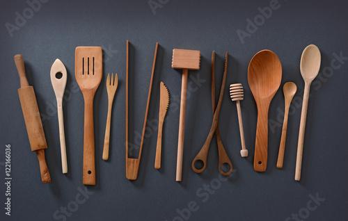 Photo  utensili da cucina in legno su sfondo grigio