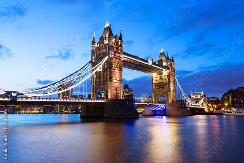 Fototapety, obrazy: Tower Bridge at night twilight London