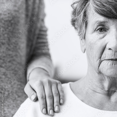 Photo Elderly woman with alzheimer