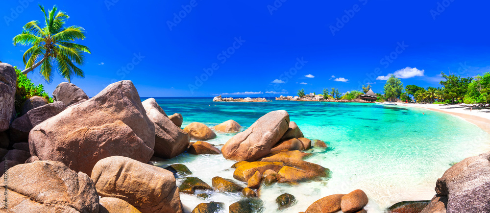 Fototapeta most beautiful tropical beaches - Seychelles ,Praslin island