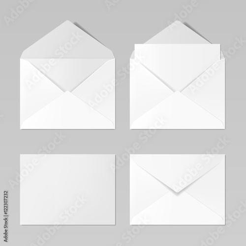 Fotomural  Set of blank realistic envelopes mockup