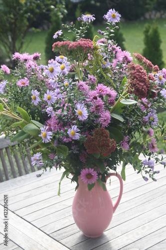 Blumen Blumenstrauss Herbst Herbstlich Vase Tisch Buy This