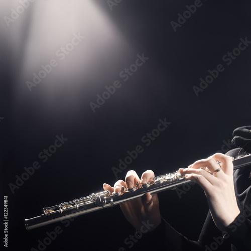 Papiers peints Musique Flute instrument player hands
