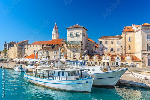 Foto  Coastal town Trogir