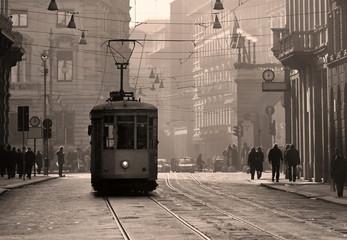 Povijesni tramvaj u starom gradu Milanu, Italija
