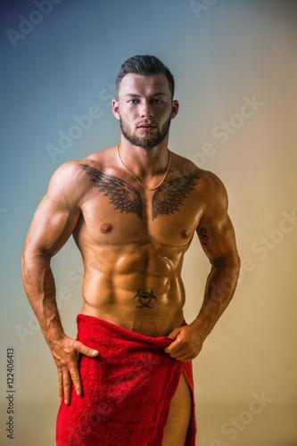Handsome shirtless muscular man b8b982242