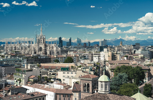 Spoed Fotobehang Milan Milano, 2016 panoramic skyline with clear sky and Italian Alps